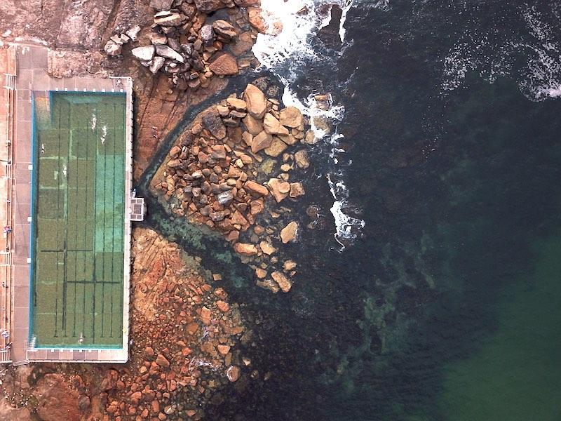 drohne fliegen in Australien - rockpool von oben